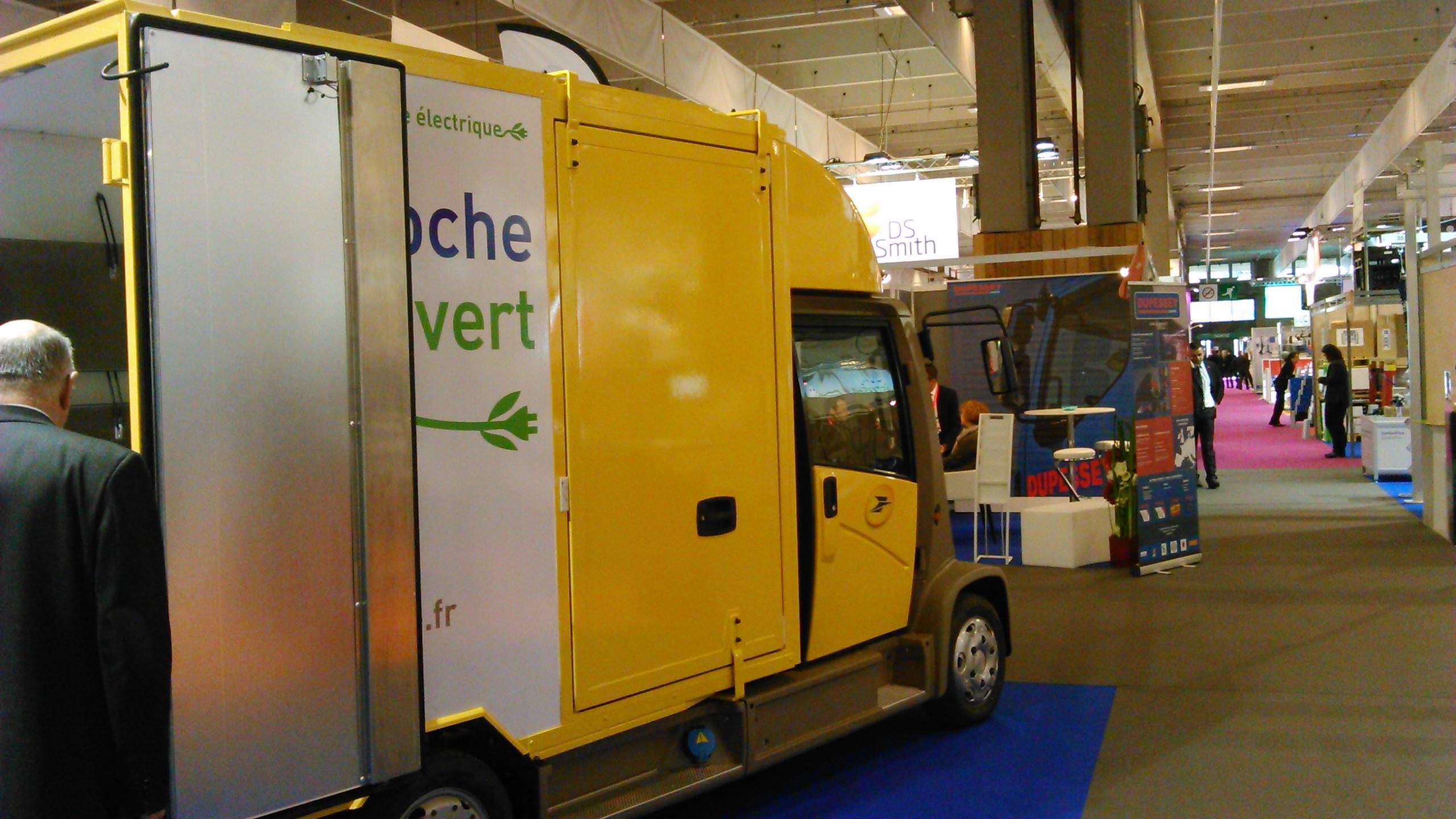 Véhicule Mooville présenté à la SITL 2015